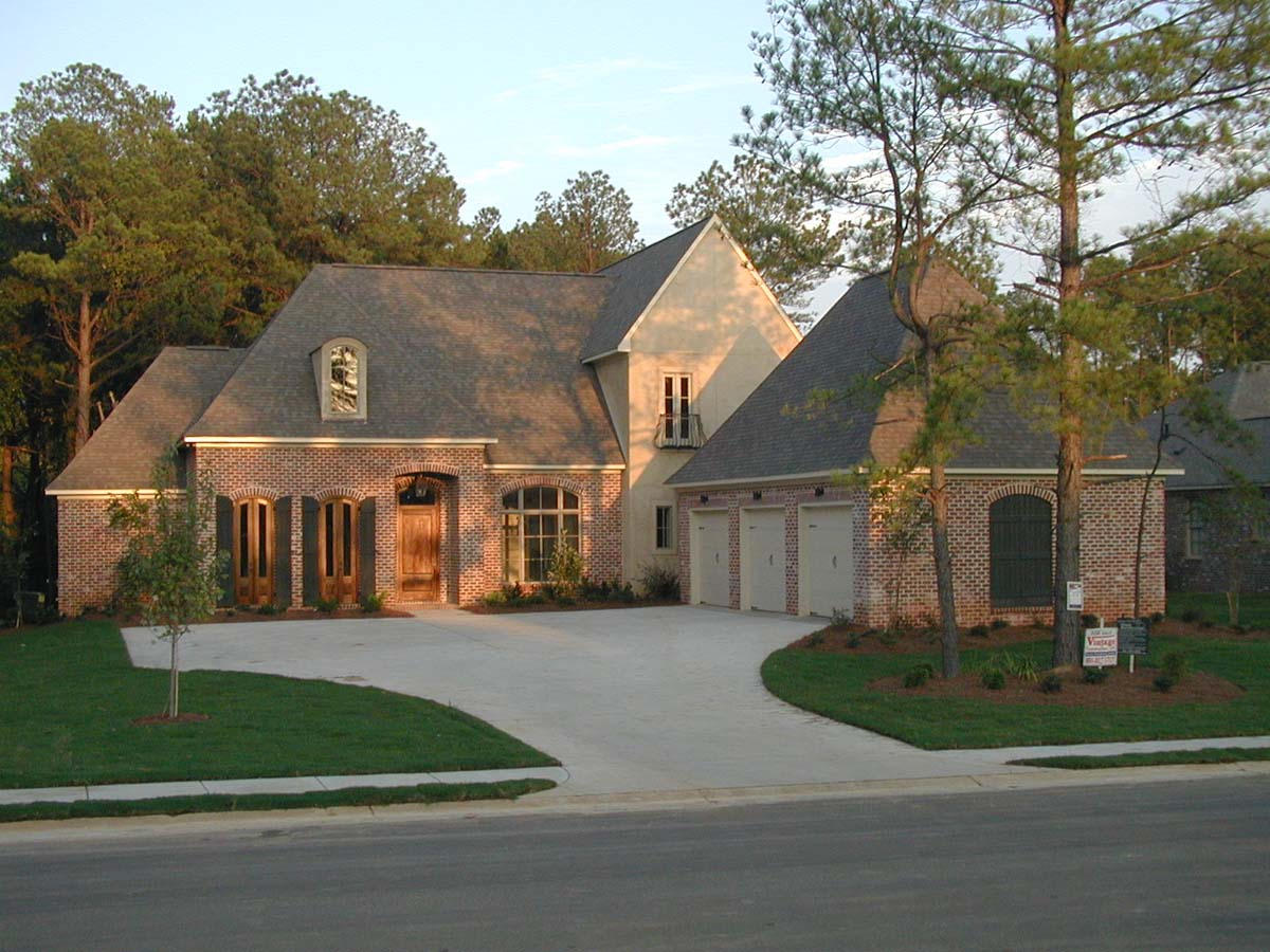 Tri county homes custom home builder madison ms for Ms home builders