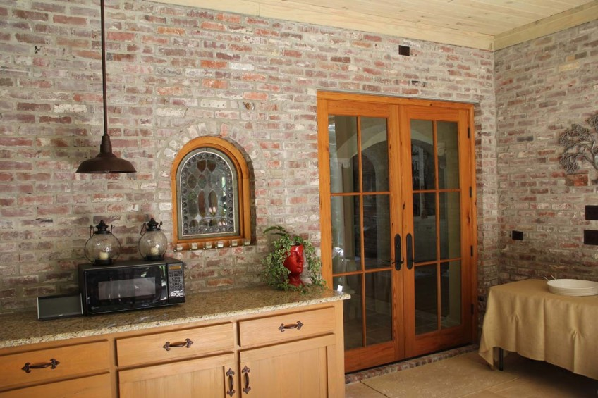 Outdoor kitchen addition builder madison ms for Exterior kitchen door with window